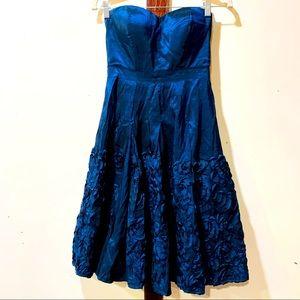 🍬 3/$20 Jessica Simpson Blue Strapless Dress🍬